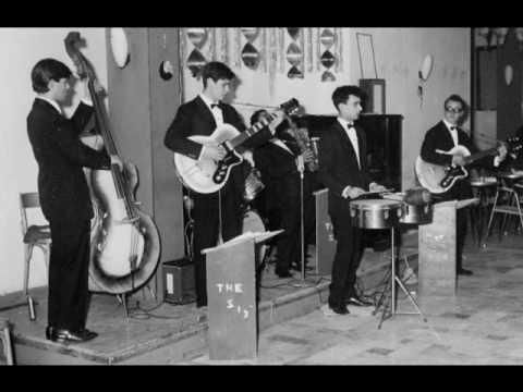 Medley anni 39 60 canta eugenio civezza hotel arc en for Cucinare anni 60