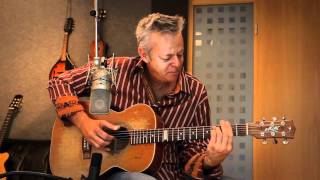 Tommy Emmanuel - Train to Dusseldorf
