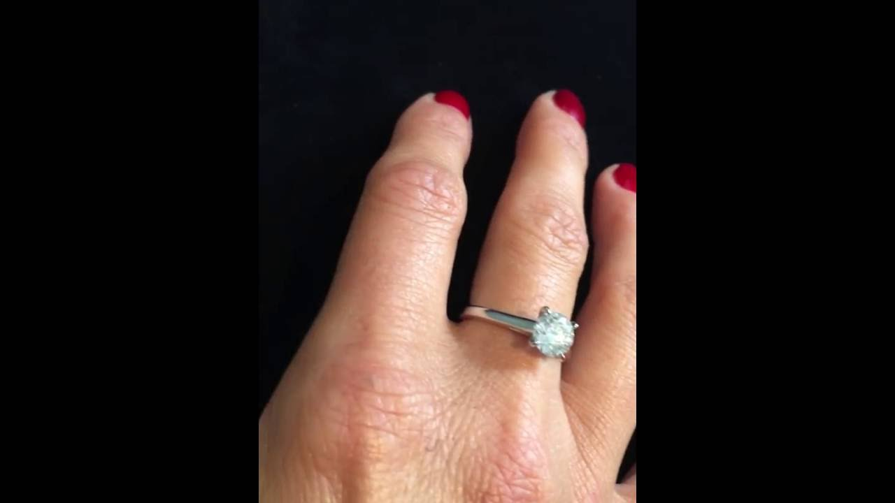 Assez Superbe bague de fiançailles sertie d'un diamant solitaire de 1  ME65