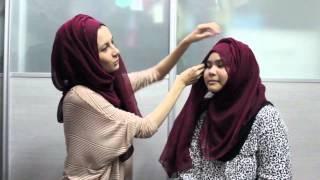 Keen Cameron Wide Cotton Shawl (pin less) tutorial