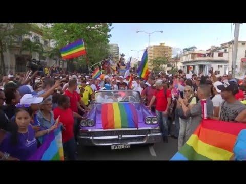 شاهد: كوبيون يطالبون بالسماح بزواج المثليين  - 22:53-2018 / 10 / 12