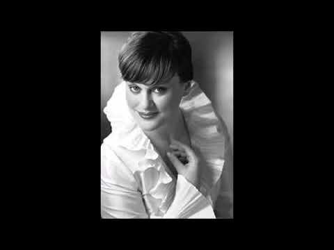 Vesselina Kasarova, the Miracle of Contralto Coloratura