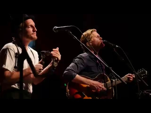the-lumineers-slow-it-down-live-hd-2016-hakkovision