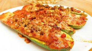 Gefüllte Zucchini mit Hackfleisch und Paprika