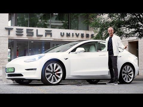 Lett Egy Tesla Model 3-am