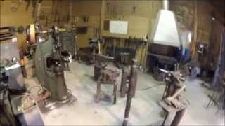 видео Изделия из металла, ворота, заборы и прочее