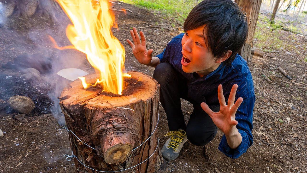 丸太を斧で割って焚き火にしてみた!【スウェーデントーチ】
