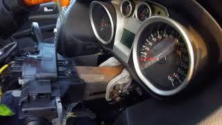Как вытащить  замок зажигания Ford Focus 1 6  How to remove the Ford Focus 1.6 ignition lock