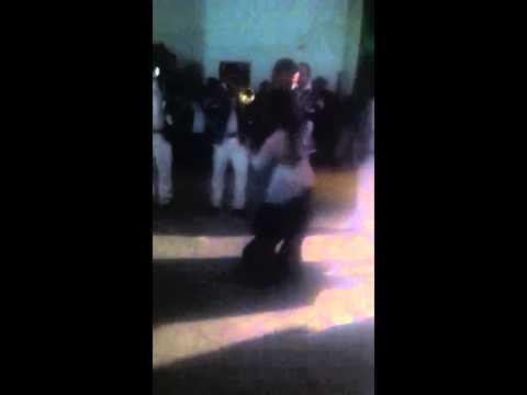 Denise y Alejandro Bailando Banda