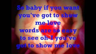 Show me love - Robin S. (lyrics)