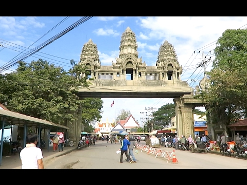 Visit Poipet City in Banteay Meanchey | The Cambodian - Thailand Border Crossing