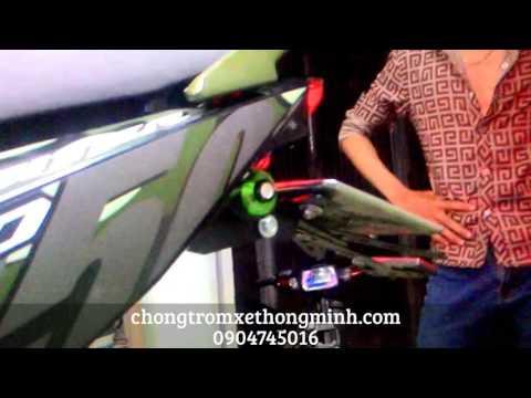 Lắp đèn led xi nhan nút áo cho xe máy Exciter 150 chongtromxethongminh.com