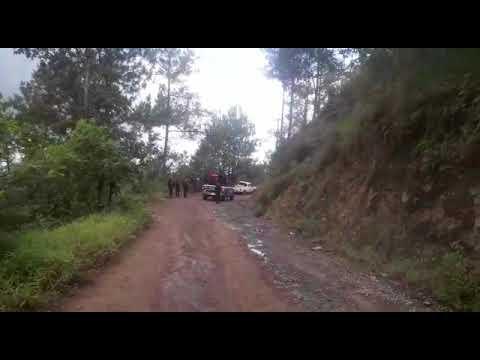 """VIDEO Se registra balacera entre policías y gatilleros en Chimilpa, hay un oficial lesionado por un """"rozón"""""""