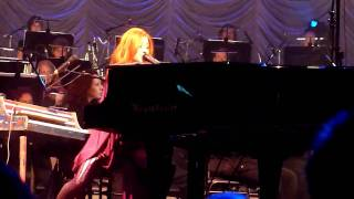 Girl Disappearing - Tori Amos - HMH [08 Oct 2010]