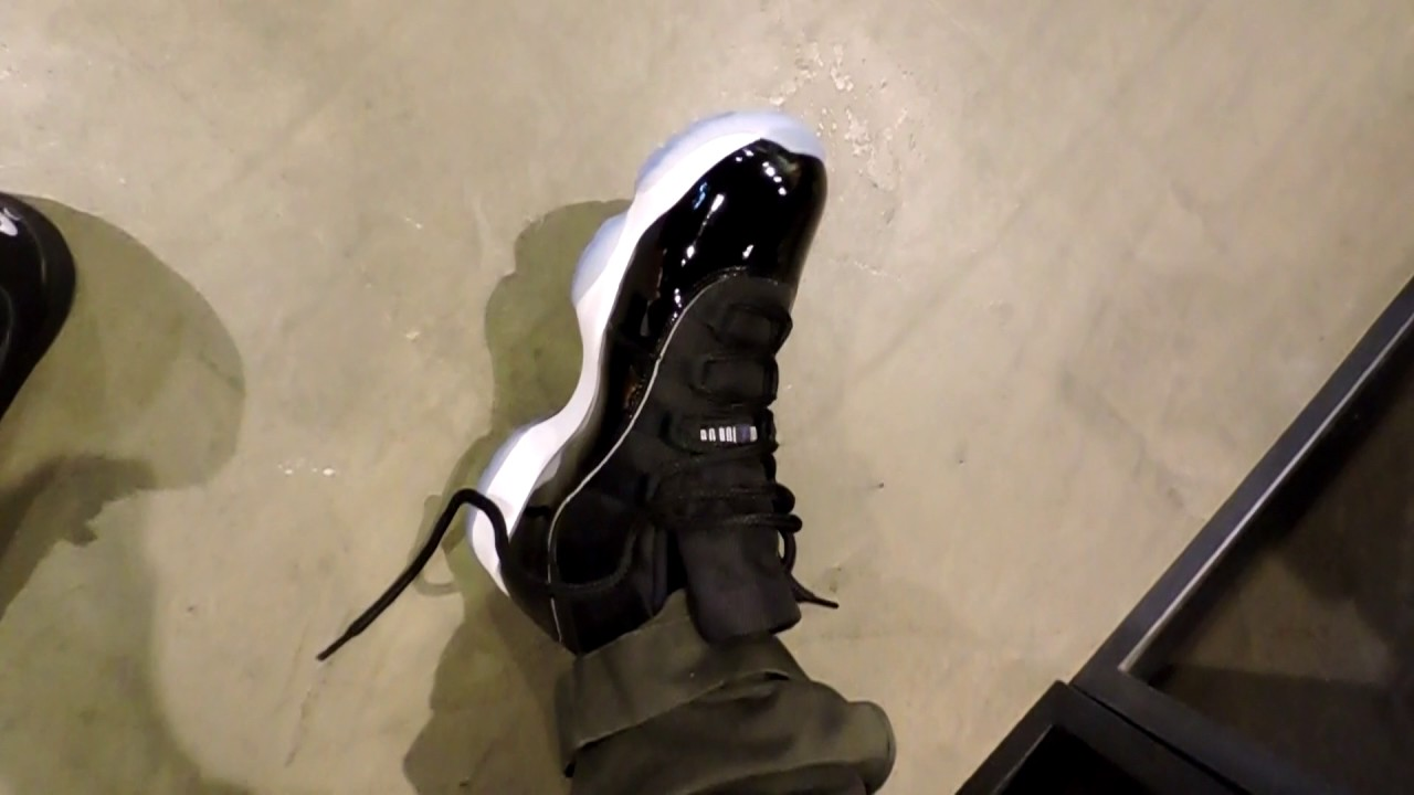 133d41ef3e6 Air Jordan 11 Space Jam first impression ON FEET - YouTube