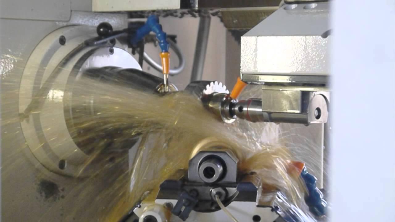 Koepfer Model 200 滾齒加工 & Klingelnberg P26 齒筋齒形檢驗    錫昌科技企業有限公司 SHYICHANG Gear - YouTube