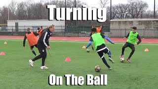 SoccerCoachTV - Turning on the Ball