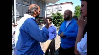 Diskussion bei Pierre Vogel Kundgebung am 29.05.2011 Koblenz  (Handy-Video)