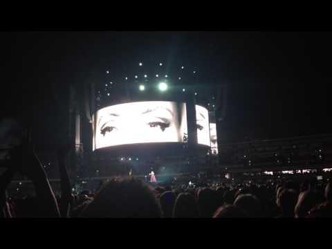 Hello // Adele Live in Perth