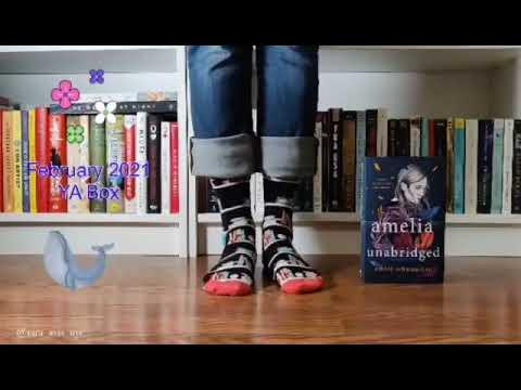 #SockSunday #ISmellBooks #ISmellBooksBox