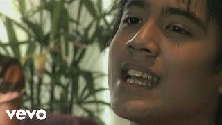 Aliff Aziz - Sayang Sayang Music Video
