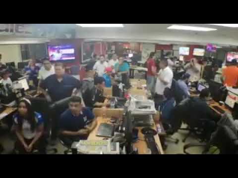 Reacción de los hondureños en gol de Costa Rica vs Honduras 1-1