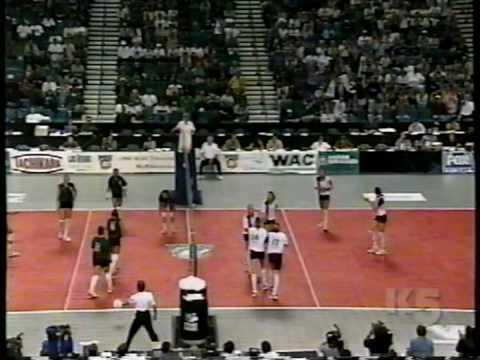 2 Wahine Volleyball g1
