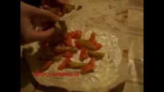 Как приготовить шаурму в домашних условиях(Рецепт приготовления шаурмы в домашних условиях. Готовит Кукла в бантиках, сайт http://namenu.ru Такую шаурму мы..., 2012-01-28T11:40:55.000Z)