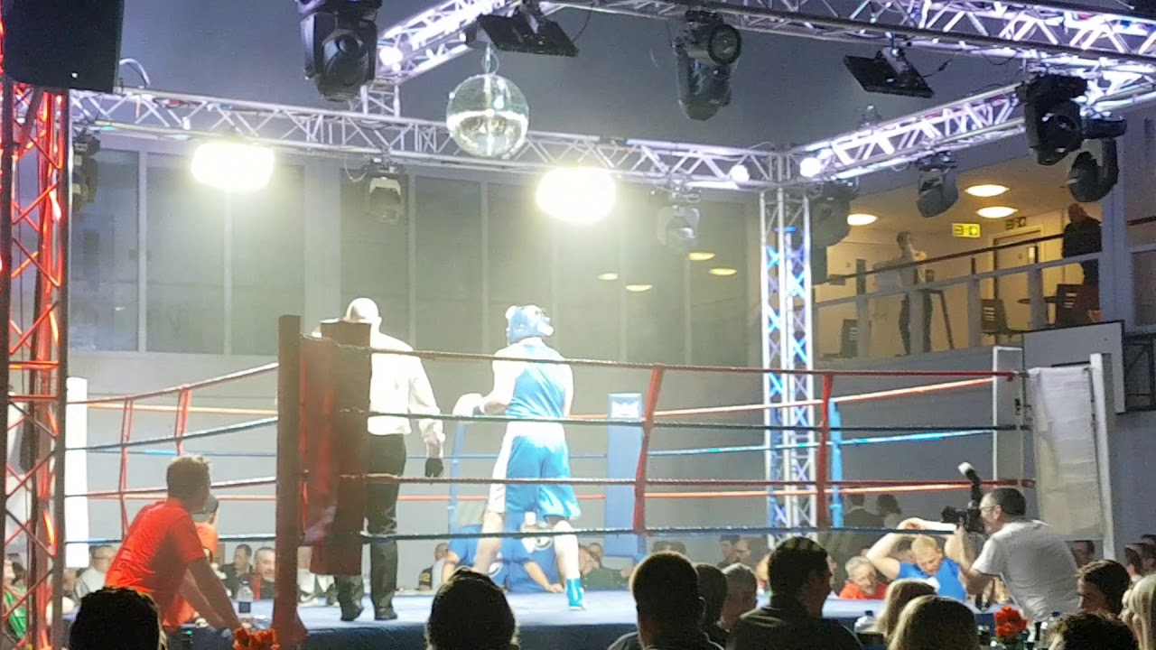 Lee 'The Bury Blitzkrieg' vs Josh 'Iron Man' Iron - White Collar Boxing - Haverhill
