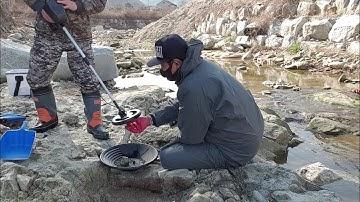 """""""금"""" 캐기가 이렇게 쉽다고? 금맥을 찾아서 금을 캐보자! Gold panning prospecting in korea"""