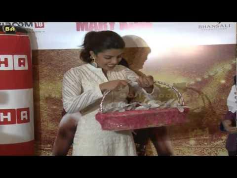 Priyanka Chopra | Marry Com | Visits Hab Store