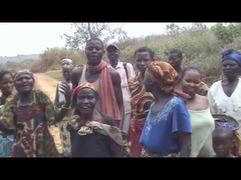 Reportage en RDCongo Aménagement de la source MBONDIKA (Village MBOTA à 7km de LUOZI)