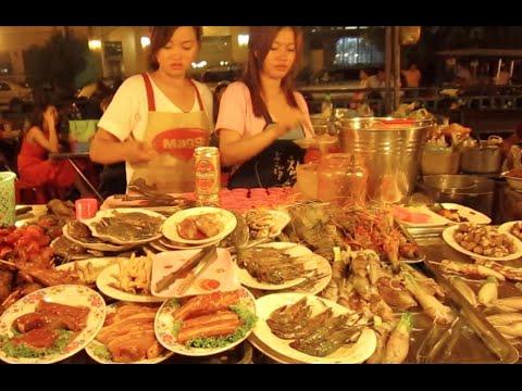 Street foods at Phnom Penh night market, in Phnom Penh city, Cambodia