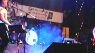 Killing Me Inside feat Tiffany Orie - Jangan Pergi (at Jakcloth )