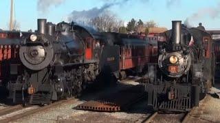 Strasburg Rail Road: Two Trains on the Santa Express