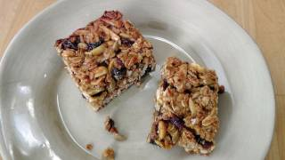 Homemade Granola Bars - Recipe By Laura Vitale - Laura In The Kitchen Episode 179