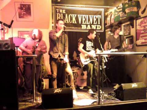 The Black Velvet Band ~ Holloway Boulevard