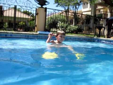 Gillaume swem