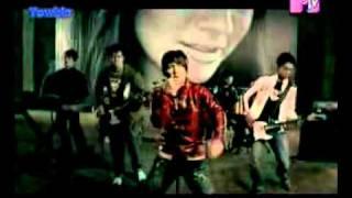 Download lagu Five Minutes - Bertahan.avi
