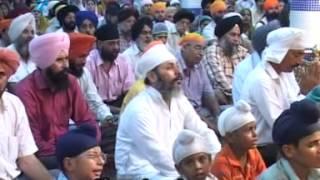 Gurbani Kirtan   Apnay Sewak Ko   Bhai Manpreet Singh Ji   with subtitles