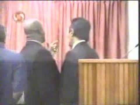 Ordinaire vechtpartij in Parlement Suriname, 13-12-2007