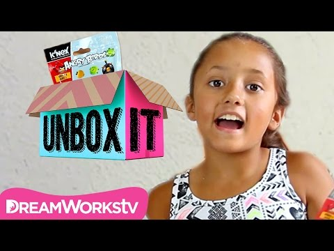 Thumbnail: Angry Birds Series 3 K'NEX Blind Bag Opening with TheSkylanderBoy AndGirl | UNBOX IT