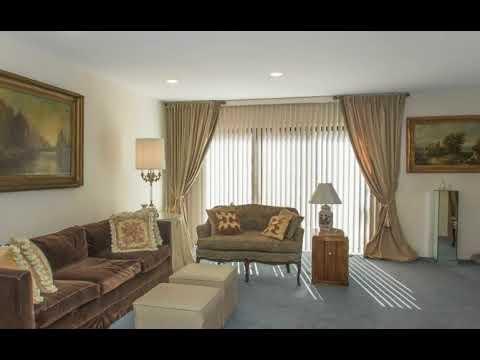 53 Carriage House Drive, Jericho, NY 11753