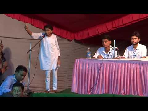 Farooque Alam the Independent speaks at Presidential Debate  of JNUSU Elections 2017-18