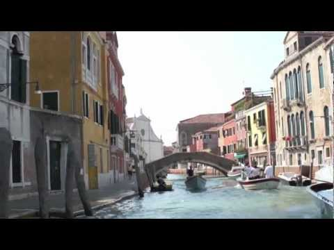 Virtual Tour of Venice Italy Apartment For Sale on Canal