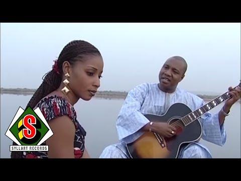 Sékouba Bambino - MBambou Clip Officiel