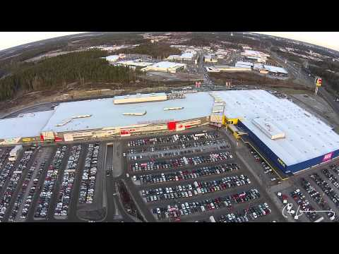 Julhandel på Erikslund Shopping Center (Västerås från ovan)