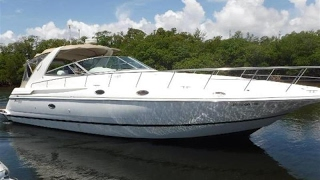 1998 Cruisers Yachts 4270 Express - USD 118,900