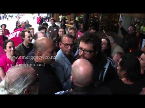 Broadcaster Paul Henry at the receiving end of anger from protesters in Auckland