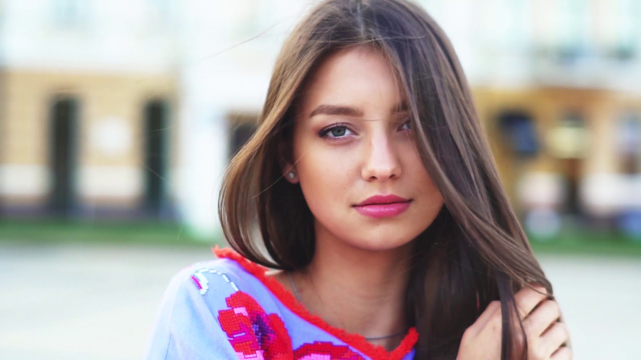 UKRAINE, Polina TKACH - Contestant Introduction (Miss World 2017)